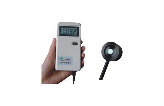 供应 UV-200手持式紫外辐射照度计