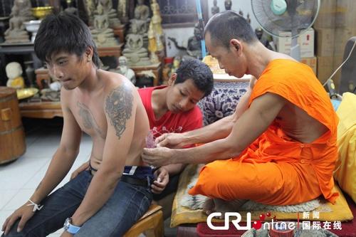 纹身/泰国佛教纹身节神秘的宗教意义