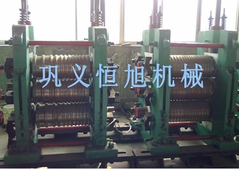 三辊式热轧钢机