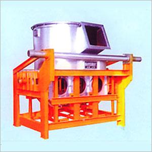1.5-5.0工频感应熔铜炉每小时可熔化1500kg-5000kg的铜及铜合金