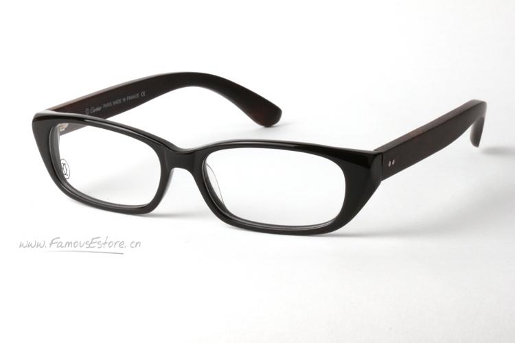"""光学树脂眼镜镜片具备""""安全""""和""""质轻""""这两大特点"""