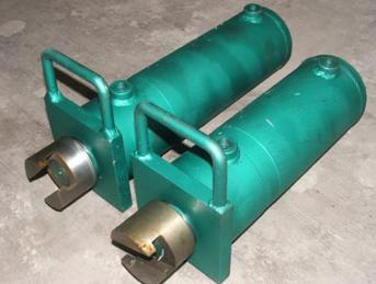 钢包滑动水口机构辅助液压缸