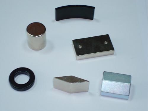 磁铁厂家供应强磁 强力磁铁 小规格强磁【交期快】