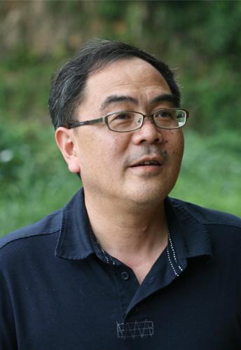 访上海交大邱江平教授――我为新农建设做净水战士