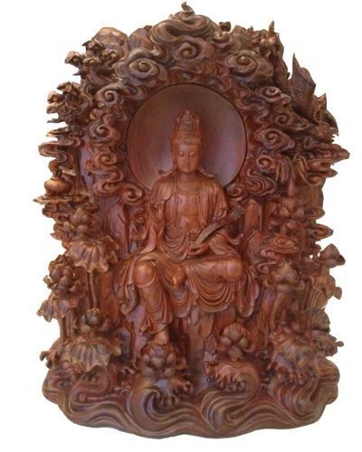 (惠安)国际雕刻艺术品木雕作品《圆光观音》荣获银奖