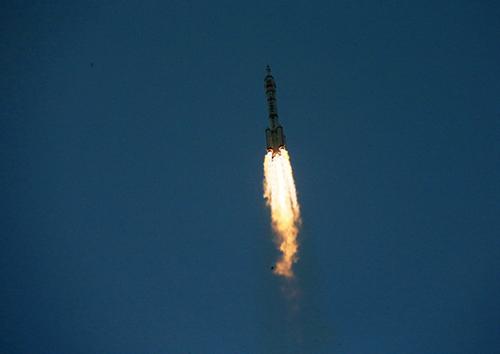 神舟十一號載人飛船成功發射
